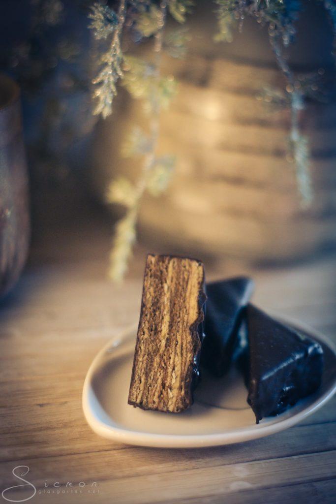 Baumkuchen, Baumkuchenspitzen, Rezept, Gebäck, aufwendig, Weihnachten, Winter, lecker, Rum, Amaretto