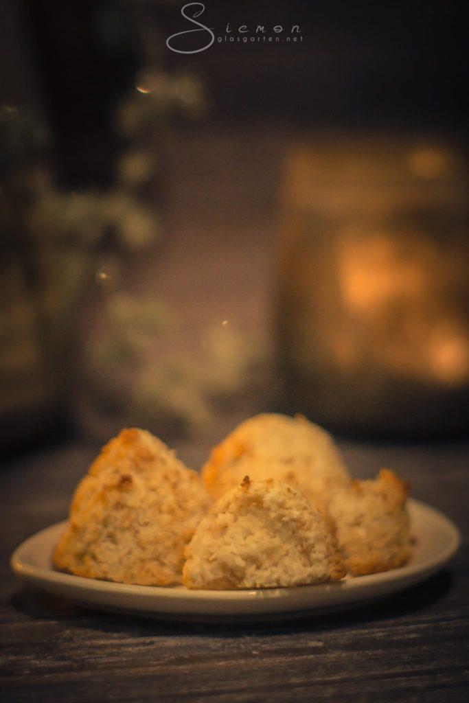 Kokosmakronen, saftig, aromatisch, Rezept, Weihnachten, Weihnachtsbäckerei, Weihnachtsgebäck, Kekse, Plätzchen, klassisch, simpel